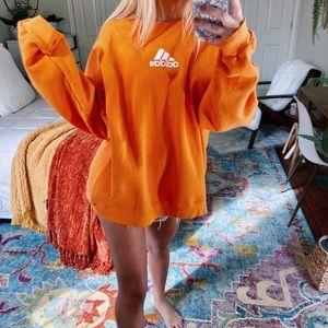 [adidas] 🧡 oversized orange crewneck